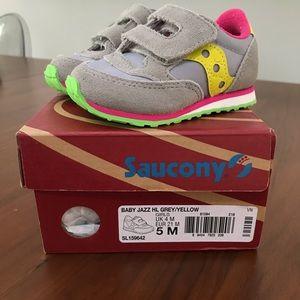NIB Saucony tennis shoes